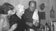 Jackson Pollock paints -- and cooks!